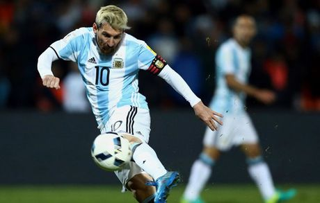 Nong: Argentina va Messi nguy co lo World Cup 2018 - Anh 1