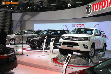 Toyota Viet Nam 'chot gia' Hilux 2016 tu 697 trieu dong - Anh 10