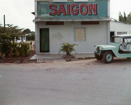 Sai Gon nam 1972 trong anh cua Hugh Quattlebaum - Anh 15