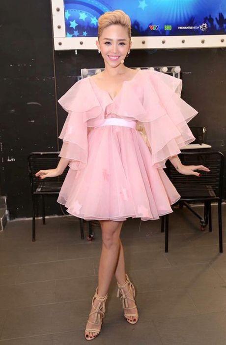 Loi trang phuc cua 9 fashionista trong showbiz Viet - Anh 5