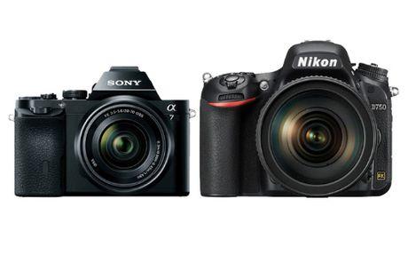 Sony dom ngo bo phan may anh cua Nikon nhu 'ca map rinh moi' - Anh 1