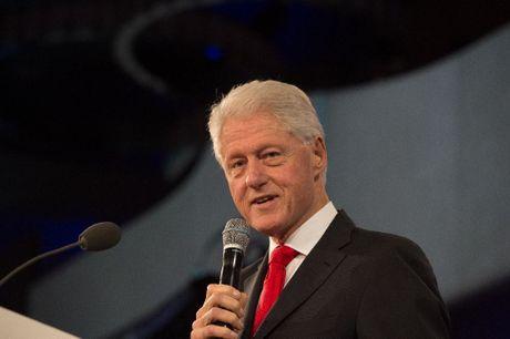 FBI cong bo tai lieu dieu tra cuu Tong thong Bill Clinton - Anh 1