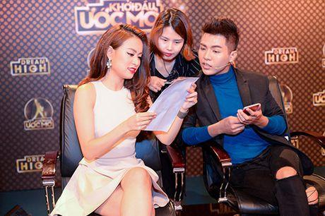 Hoang Thuy Linh, Soobin va Hoang Son ngoi ghe nong Ban ket 'Khoi dau uoc mo' - Anh 3