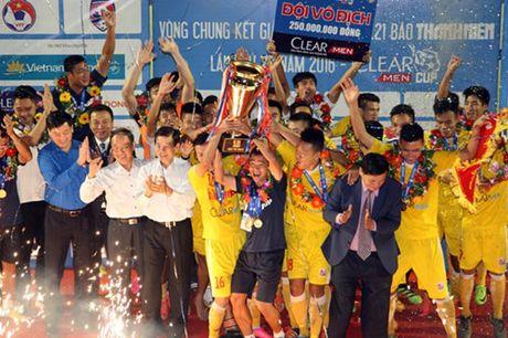 Ha Noi T&T lan dau tien bao ve thanh cong ngoi vo dich U.21 Bao Thanh Nien - Anh 11