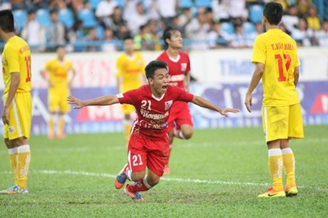 Ha Noi T&T lan dau tien bao ve thanh cong ngoi vo dich U.21 Bao Thanh Nien - Anh 3
