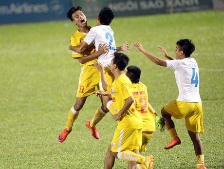 Ha Noi T&T lan dau tien bao ve thanh cong ngoi vo dich U.21 Bao Thanh Nien - Anh 9