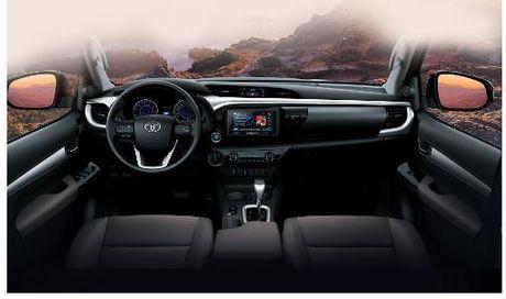 Toyota Hilux 2016 gia tu 697 trieu tai Viet Nam - Anh 3