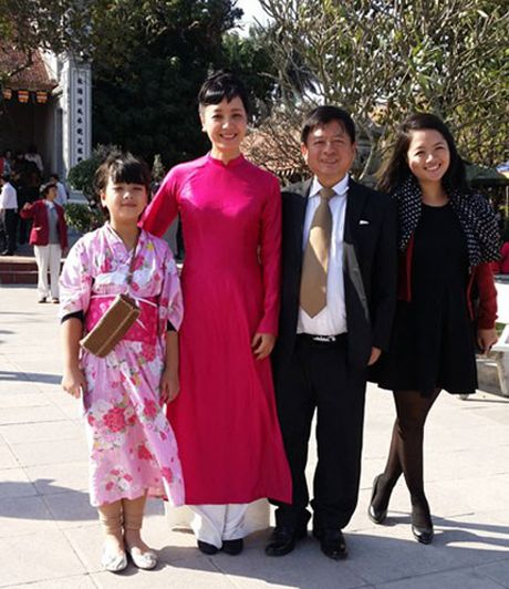 Hoc cach mac ao dai dep me hon nhu NSUT Chieu Xuan - Anh 12