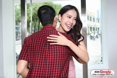 Nam Em tat bat voi Vietnam International Fashion Week Thu - Dong - Anh 3
