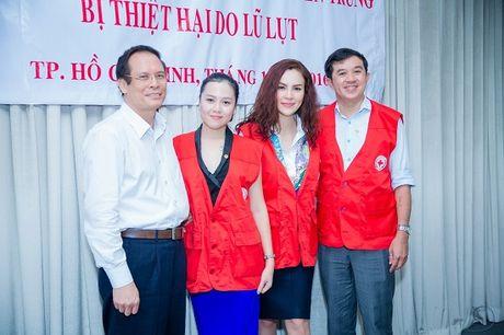 A hau Phuong Le gian di so mi trang di tu thien - Anh 6