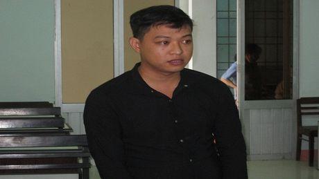 Lap trang facebook ban hang ao nham chiem doat tai san - Anh 1