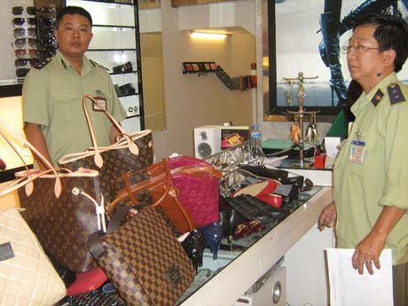 Ha Noi: Day manh chong hang gia de tao niem tin cho nhan dan - Anh 1