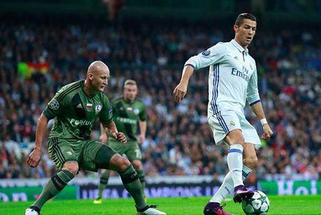 """Legia - Real Madrid: """"Cuong phong trang"""" keo toi - Anh 2"""