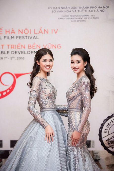 Ly Nha Ky doi vuong mien kim cuong 21 carat du LHP quoc te Ha Noi - Anh 8