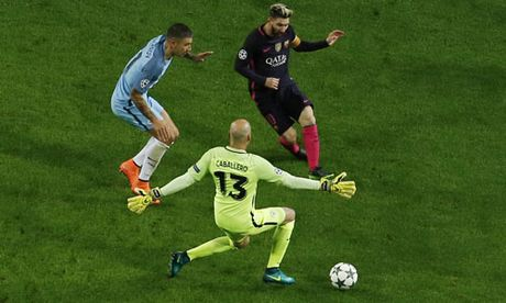 Messi lap ky luc ghi ban o vong bang Champions League - Anh 1