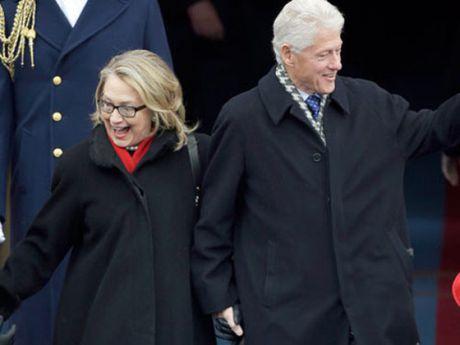 FBI lai 'choi kho' ba Clinton khi boc me cuu tong thong My - Anh 1
