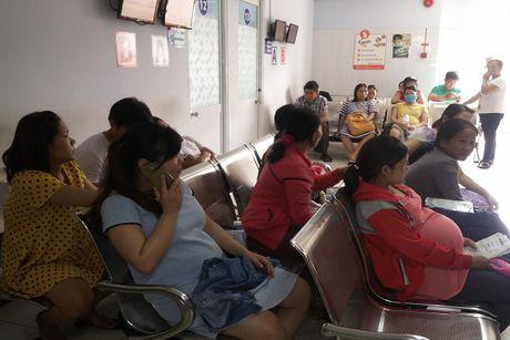 Zika bung phat, cac benh vien phu san cang thang - Anh 2