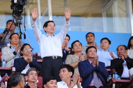 Nguyen Chu tich nuoc Nguyen Minh Triet den du khan tran chung ket U.21 Bao Thanh nien - Anh 1