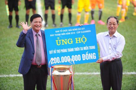 Nguyen Chu tich nuoc Nguyen Minh Triet den du khan tran chung ket U.21 Bao Thanh nien - Anh 5