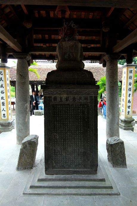 Ki bi gieng nuoc co coc ngoi canh khong bao gio can - Anh 12