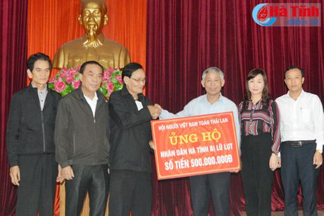 Nguoi Viet tai Thai Lan ung ho nguoi dan vung lu Ha Tinh 500 trieu dong - Anh 1