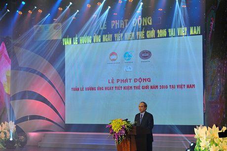 "Vietcombank dong hanh cung ""Le phat dong tuan le huong ung ngay Tiet kiem the gioi nam 2016 tai Viet Nam"" - Anh 1"