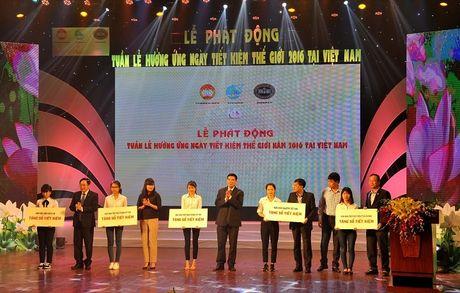 "Vietcombank dong hanh cung ""Le phat dong tuan le huong ung ngay Tiet kiem the gioi nam 2016 tai Viet Nam"" - Anh 2"