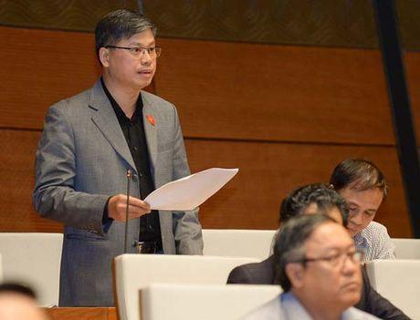 "DBQH Nguyen Sy Cuong: Cu sap mo, chay nha, chet nguoi xay ra roi moi ""ra soat, xu ly nghiem"" - Anh 1"