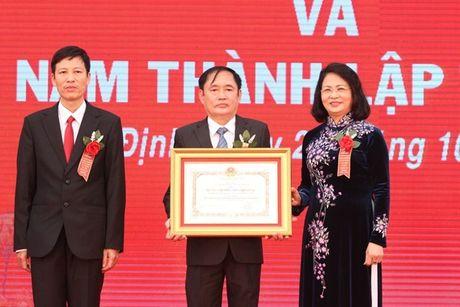 Truong Dai hoc Kinh te - Ky thuat Cong nghiep: 60 nam xay dung va phat trien - Anh 1