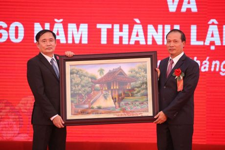 Truong Dai hoc Kinh te - Ky thuat Cong nghiep: 60 nam xay dung va phat trien - Anh 2