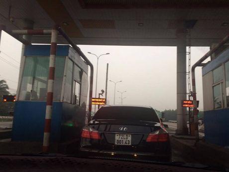 Khong chu y, nhieu nguoi mat tien oan khi qua tram thu phi QL51 - Anh 4