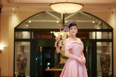 Ly Nha Ky 'dep quen sau' lan at dan my nhan tren tham do LHP Quoc te Ha Noi - Anh 10