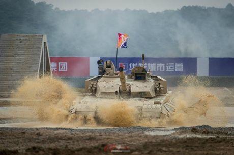 Trung Quoc ra mat xe tang moi canh tranh T-90 va M1 Abrams - Anh 3