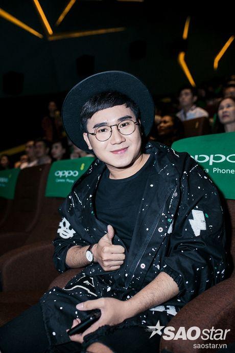 Ha Ho tuoi tan tai ngo Lan Khue va tro cung The Face ngay ra mat phim ca nhac - Anh 12