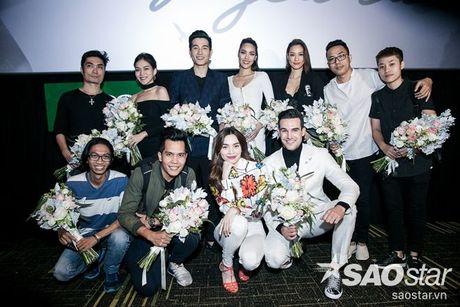 Ha Ho tuoi tan tai ngo Lan Khue va tro cung The Face ngay ra mat phim ca nhac - Anh 14