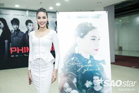 Ha Ho tuoi tan tai ngo Lan Khue va tro cung The Face ngay ra mat phim ca nhac - Anh 9