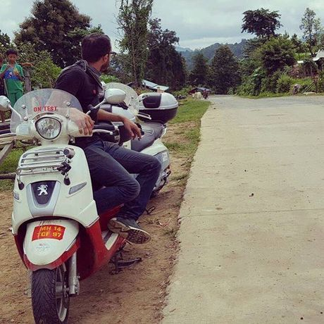Hai chang trai Phap di phuot 12.000km qua 50 thanh pho lon da den Viet Nam - Anh 4