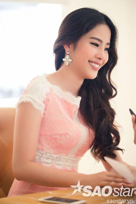 Nam Em quay het co, trai long hanh trinh 24 ngay 'vuot len chinh minh' tai Miss Earth - Anh 7