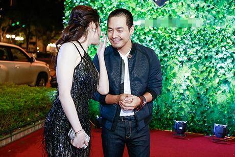 A hau Huyen My tro chuyen than mat, tu nhan la fan cua MC Phan Anh - Anh 5