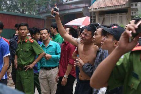 Chum anh toan canh ve vu chay day karaoke Tran Thai Tong khien 13 nguoi chet - Anh 7