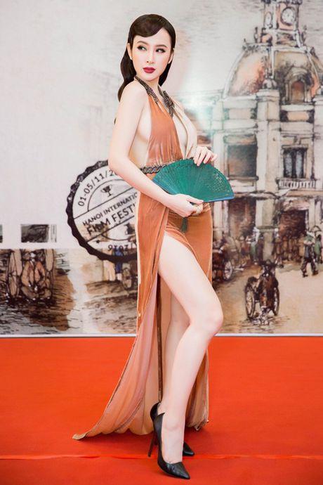Tran Thanh nhan gach da vi mac vay; Angela Phuong Trinh goi cam lan at Ly Nha Ky - Anh 5