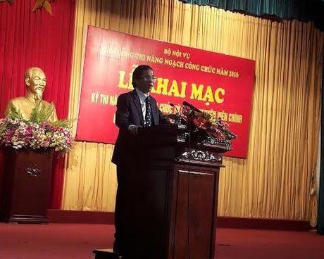 672 can bo, cong chuc tham du ky thi nang ngach nam 2016 - Anh 1
