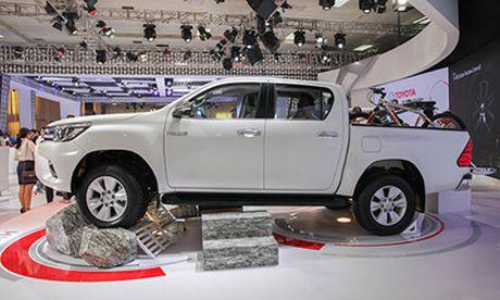 Toyota Hilux 2016 gia tu 697 trieu, quyet dau Ford Ranger - Anh 3