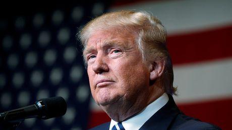 Ong Trump lo sot vo vi 'duoc' bao cuc doan ung ho - Anh 1