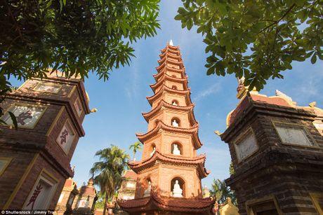 Chua Tran Quoc lot Top 16 ngoi chua dep nhat the gioi - Anh 1