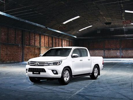 Toyota Hilux 2016 moi ban ra tu thang 11, dong co thay doi, gia re hon - Anh 3