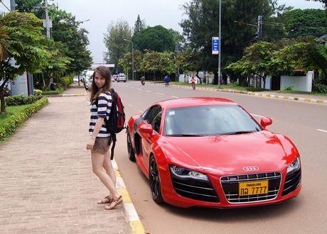 Xe hoi tai Lao re dang ke so voi Viet Nam - Anh 2