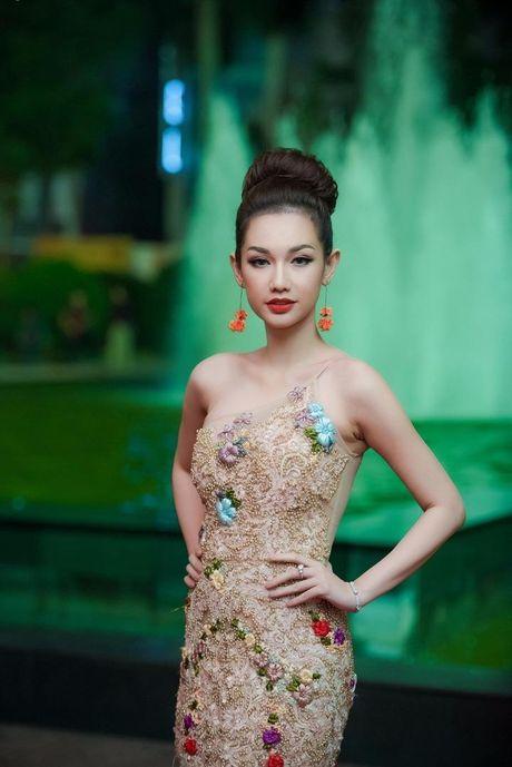 Showbiz Viet do bo tham do LHP quoc te Ha Noi - Anh 9