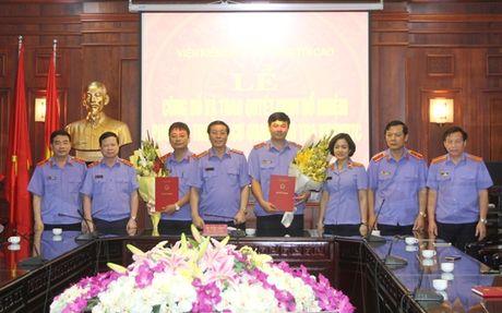 Bo nhiem nhan su VKSNDTC va TAND tinh Khanh Hoa - Anh 1