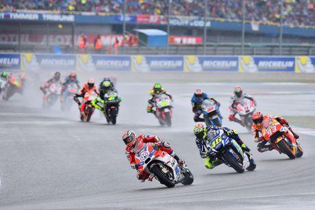 Ducati Desmosedici GP - co may toc do sieu hang - Anh 1